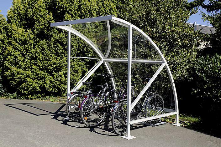 Fahrradüberdachung CEPHEUS, Dachbreite x Dachtiefe 2090 mm x 2100 mm, Dach und Seitenwand aus Polycarbonat, Fahrradständer UNIVERSAL, Stahlkonstruktion feuerverzinkt und pulverbeschichtet in RAL 9002 grauweiß