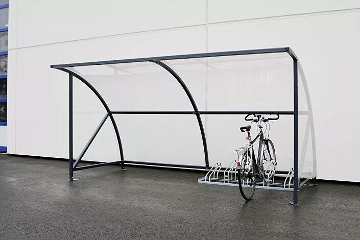 Fahrradüberdachung CEPHEUS, Dachbreite x Dachtiefe 4130 mm x 2100 mm, Dach und Seitenwände aus Polycarbonat, Fahrradständer UNIVERSAL, Stahlkonstruktion feuerverzinkt und pulverbeschichtet in RAL 5013 kobaltblau