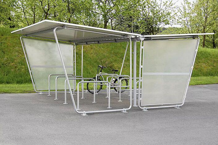 Fahrradüberdachung INDUS, Dachbreite x Dachtiefe 4800 mm x 4660 mm, doppelseitig, mit Seitenwänden sowie Fahrradständer FLORIDA, Stahlkonstruktion feuerverzinkt