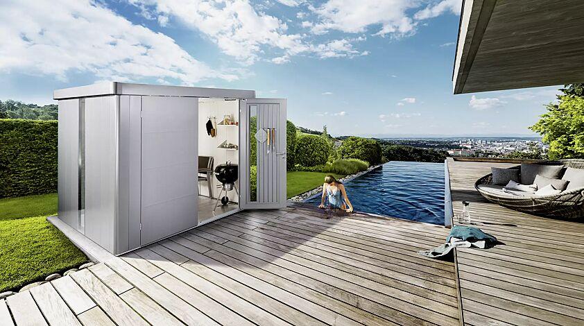 Gerätehaus NEO, Modell 6 in silber-metallic, mit Tür zweiflügelig, Lichtpanel, Regalböden, Aluminium-Bodenrahmen und -Bodenplatte