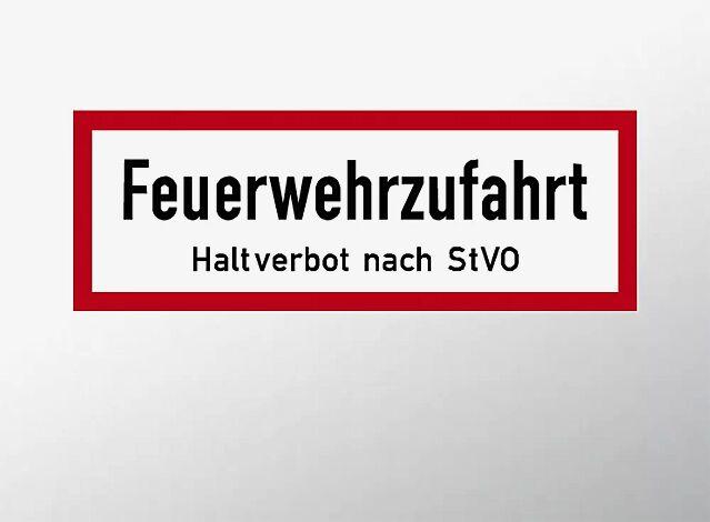 Verkehrszeichen: Feuerwehrzufahrt - Halteverbot nach StVO