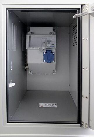 Innenansicht Schließfach mit Elektroinstallation