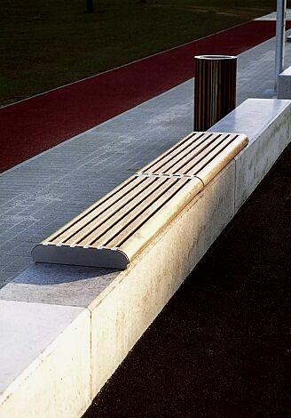 Mauerauflage FORMA - Anfangs- und Endteil, mit Robinienholzbelattung, Stahlteile in RAL 9007 graualuminium