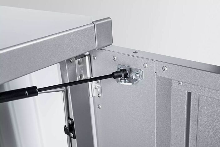 Detail: Gasdruckfeder für Tür