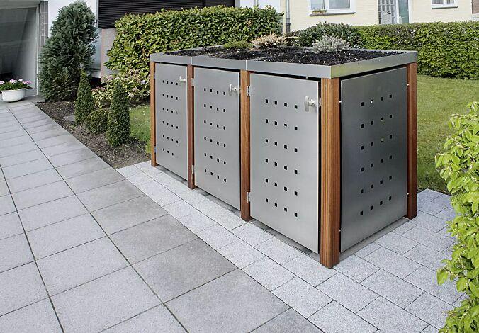 Müllbehälter-Dreifachschrank GARLAND, Türen, Dach, Rück- und Seitenwandelemente aus Edelstahl, Pfosten in Bangkiraiholz, mit Dachbegrünung