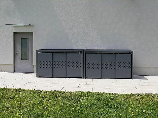 Müllbehälterschrank STYLEOUT® QUBIS mit Pflanzdach, 2 Dreifachschränke, Stahlkonstruktion, Dach, Schiebetüren, Rück- und Seitenwände in RAL 7016 anthrazitgrau