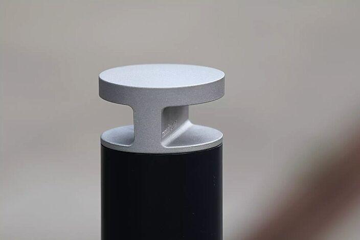 Detail: Kopf in RAL 9006 weißaluminium