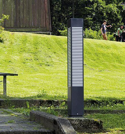 """<div id=""""container"""" class=""""container"""">Pollerleuchte DIEST, Höhe 900 mm, großer Lichtaustritt</div>"""