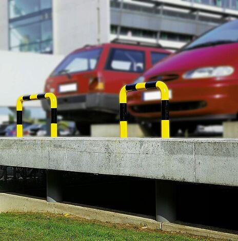 Rammschutzbügel KITEE, feuerverzinkt und gelb kunststoffbeschichtet mit schwarzen Signalstreifen