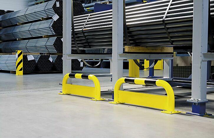 Rammschutzbügel KITEE mit Unterfahrschutz für den Innenbereich, gelb kunststoffbeschichtet mit schwarzen Signalstreifen