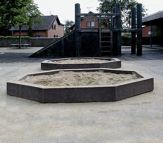 Sandkasten PONDORONDO in braun, aus Recyclingkunststoff