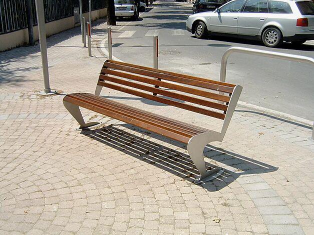Sitzbank ALBATROS mit Rückenlehne, mit Holzbelattung, aus Edelstahl