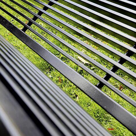 Senioren-Sitzbank CASERTA aus Stahl mit Rückenlehne und Armlehnen, Stahlteile in RAL 9005 tiefschwarz