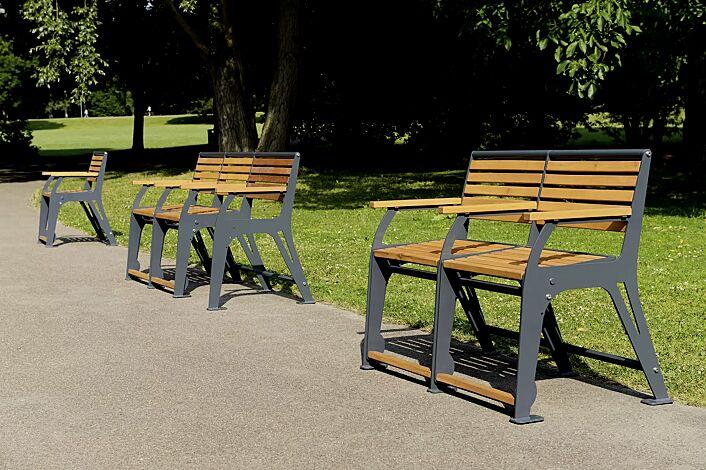 Sitzbank EASY GO-SENIOR, 2-Sitzer + Rollatorstellplatz, 2-Sitzer, Stahlteile in RAL 7022 umbragrau
