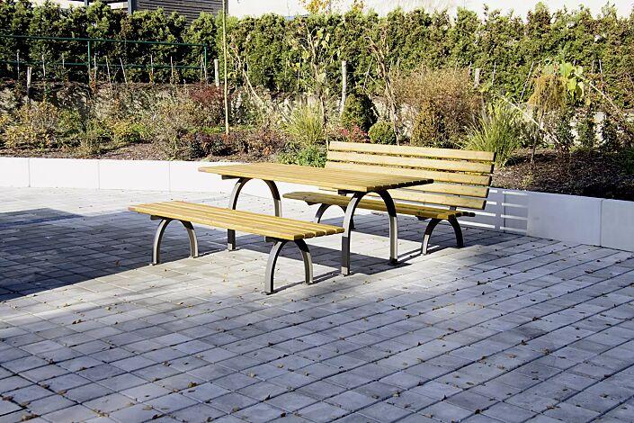 Kombinationsvorschlag: Bank-Tisch-Kombination ELBA mit Weichholzbelattung, bestehend aus einem Tisch und Sitzbank ohne und mit Rückenlehne