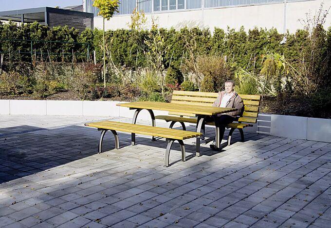 Bank-Tisch-Kombination ELBA mit Fichteholzbelattung, bestehend aus einem Tisch und Sitzbank ohne und mit Rückenlehne