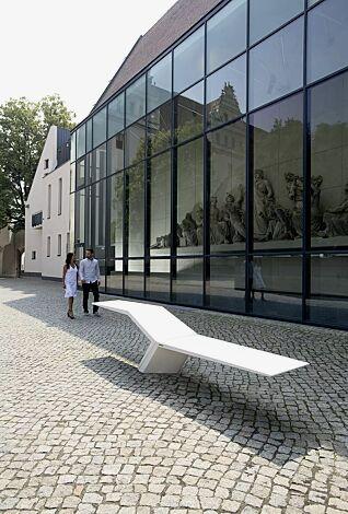 Sitzbank JONATHAN aus UTC®-Beton, in weiß