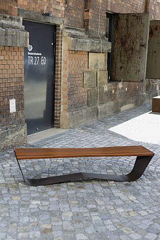 Sitzbank KARMA ohne Rückenlehne, Stahlteile in DB 703 eisenglimmer