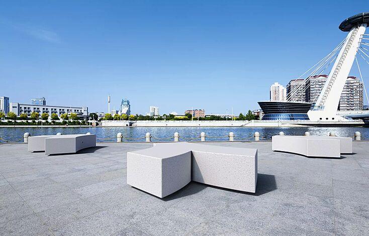 Sitzbank CROSS KUBB aus Beton, Sitzfläche geschliffen, in Granitoptik weiß