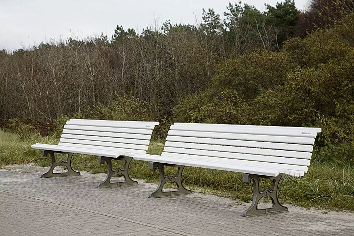 Sitzbank LAZIO mit weiß lackierter Fichteholzbelattung