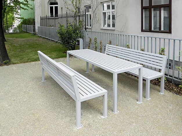 Bank-Tisch-Kombination LIGURIA mit Stahlauflage, bestehend aus einem Tisch und zwei Sitzbänken mit Rückenlehne, zum Aufdübeln, in RAL 9006 weißaluminium