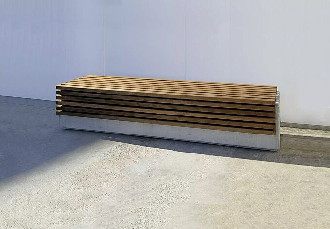 Sitzbank LITHOS WOOD ohne Rückenlehne, mit Jatobaholzbelattung, Beton weiß