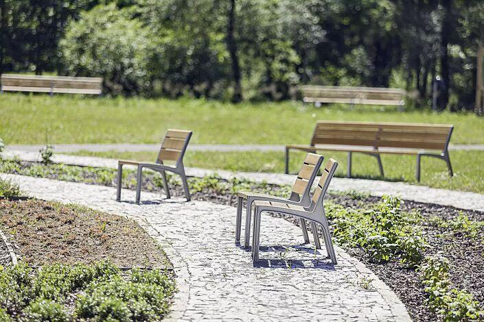 Sitz und Doppelsitzbank MIELA mit Robinienholzbelattung