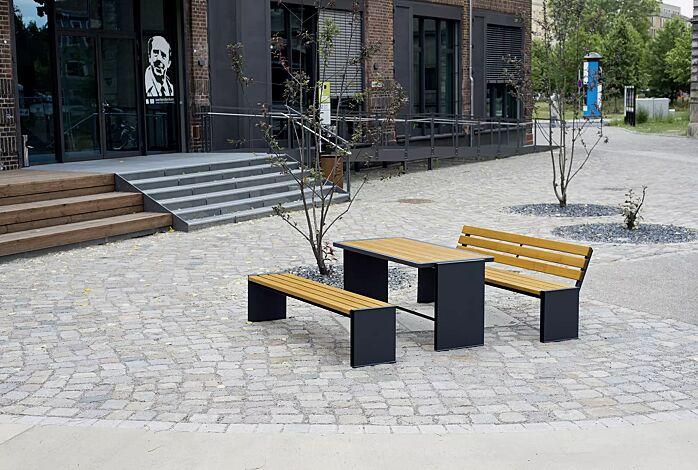 Bank-Tisch-Kombination NATURA mit Escheholzbelattung, bestehend aus einem Tisch, Sitzbank mit und ohne Rückenlehne, Stahlteile in RAL 7016 anthrazitgrau