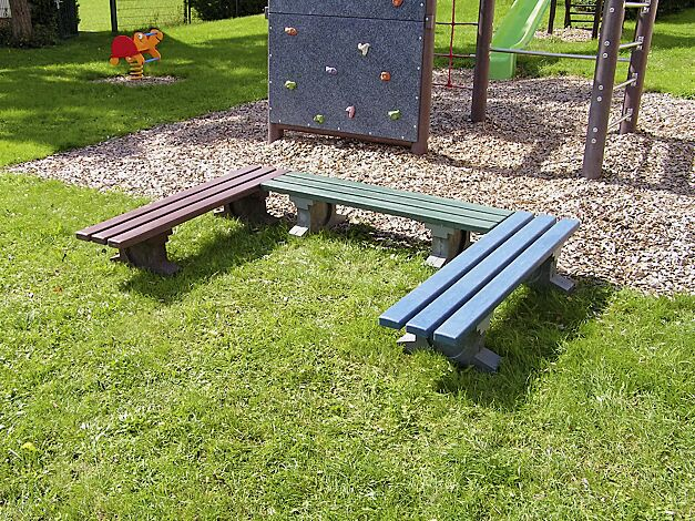 Sitzbänke PICCOLINO aus Recycling-Kunststoff blau/grau, grün/grau und braun