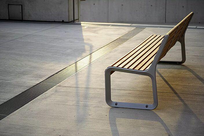 Sitzbank PORTIQOA mit Rückenlehne, mit Jatobaholzbelattung