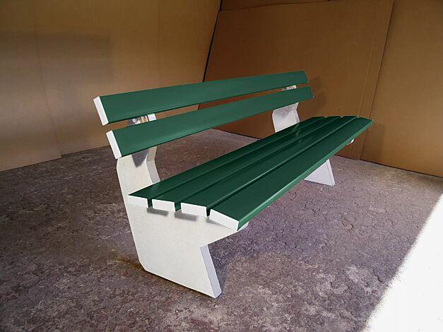 Sitzbank SICILIA mit PVC-Leisten (Stahleinlage) in grün ähnlich RAL 6010