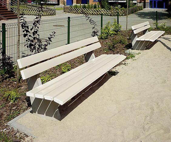 Sitzbank SICILIA mit PVC-Leisten (mit Stahleinlage) in cremeweiß ähnlich RAL 9001
