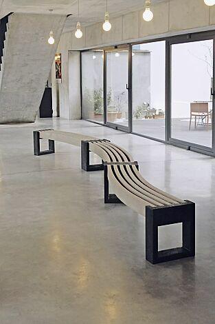 Kombinationsvorschlag: 3 x Sitzbank TERLANO geschwungen 30°, Auflage in beige
