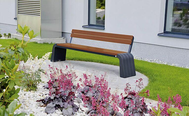 """<div id=""""container"""" class=""""container"""">Sitzbank VEGA mit Rückenlehne, Stahlteile in RAL 7021 schwarzgrau, Beton beschichtet in Farbe graphit</div>"""