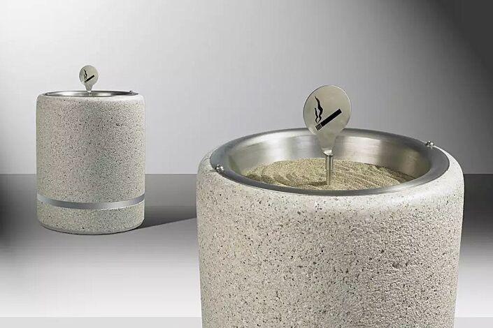 Standascher CRONO aus Beton, gestockt, in Granitoptik weiß