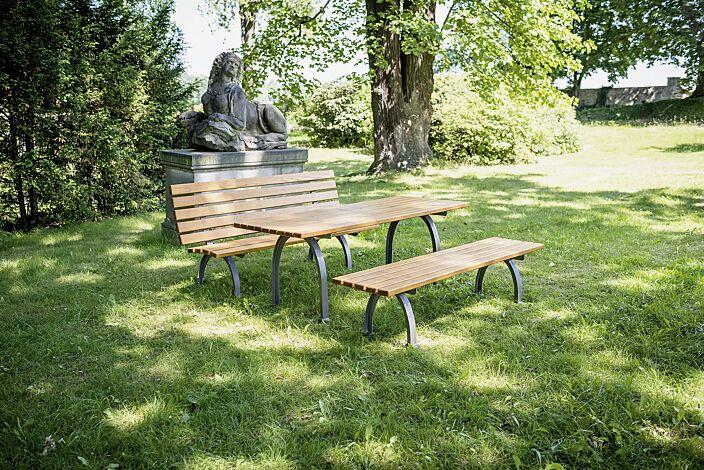 Tisch ELBA mit Fichteholzbelattung sowie Sitzbank ELBA