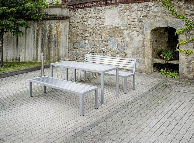 Tisch LIGURIA zum freien Aufstellen, mit Edelstahlauflage sowie Sitzbank LIGURIA und Ascher FINTWIN