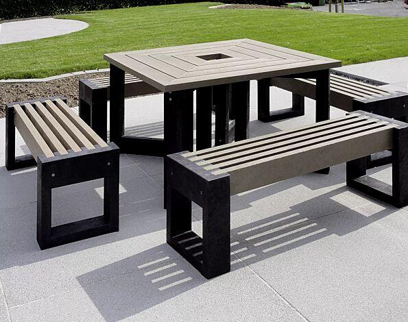 Kombinationsvorschlag: Tisch TERLANO und 4 x Sitzbank TERLANO in Länge 1320 mm ohne Rückenlehne, Auflage in beige