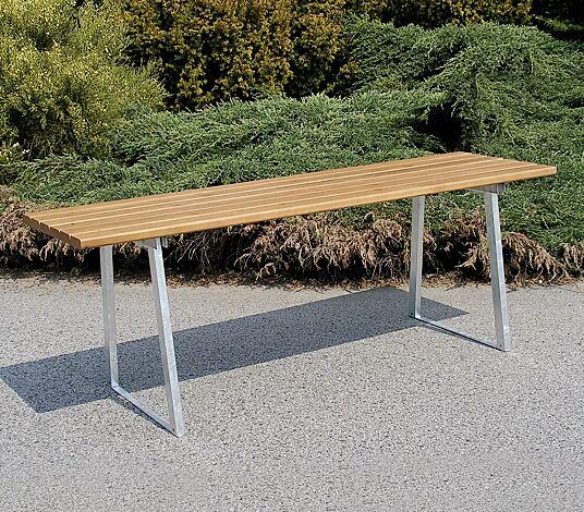 Tisch TURIN mit Fichtenholzbelattung