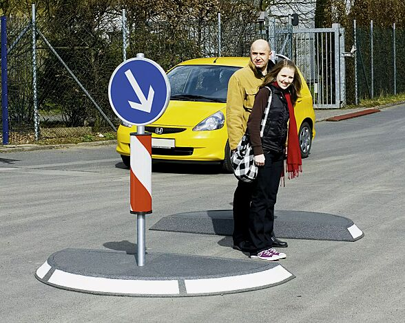 Verkehrsinsel POINTER