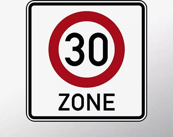 Verkehrszeichen: Beginn einer Tempo 30-Zone